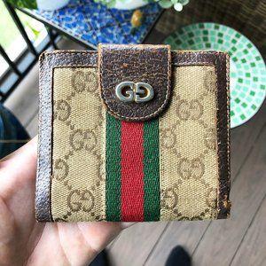 Gucci Vintage Monogram Wallet